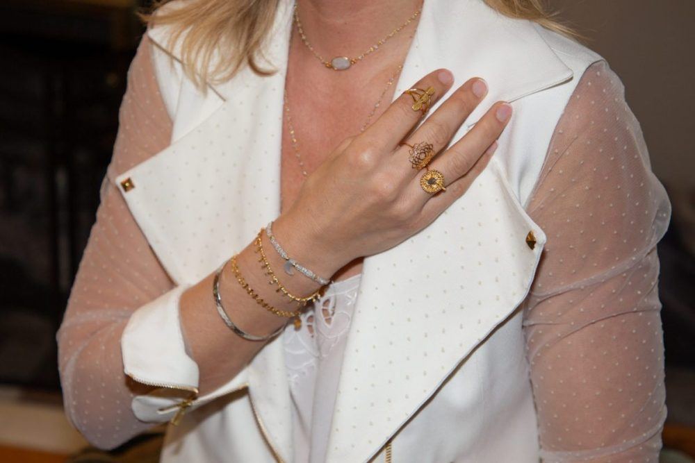 mix and match jewellery on a woman